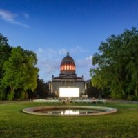 Sommerkino 2019 vor dem Mausoleum in Dessau